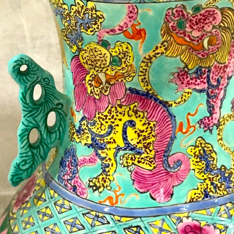Exquisite Chinese Famille Rose Foo Dog Motif Vase, Now as a Lamp In Good Condition For Sale In Atlanta, GA