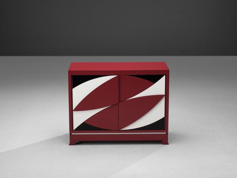 Exquisite Emiel Veranneman for DeCoene Decor 'Stereo' Sideboard in Magenta For Sale 1
