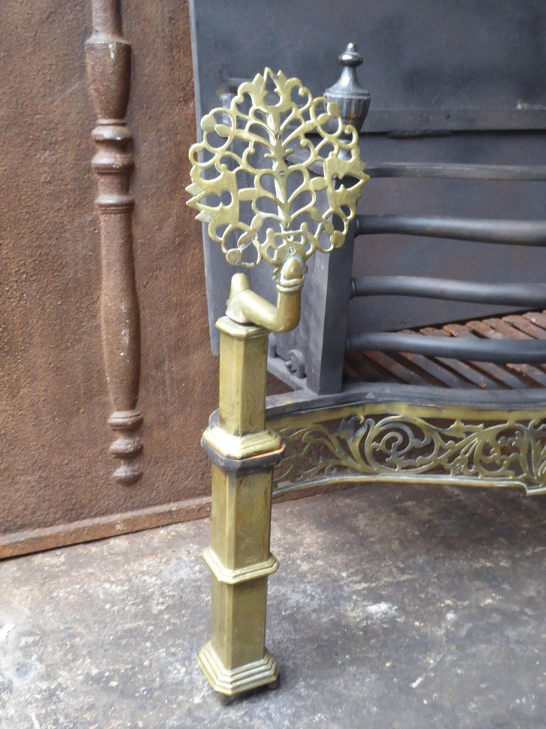 Exquisite English Art Nouveau Fireplace Grate, Fire Grate For Sale 4