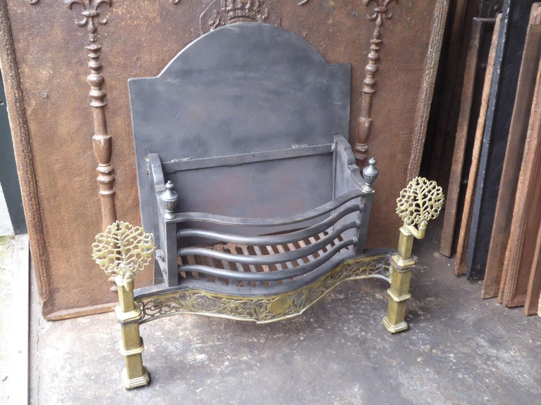 Exquisite English Art Nouveau Fireplace Grate, Fire Grate For Sale 5