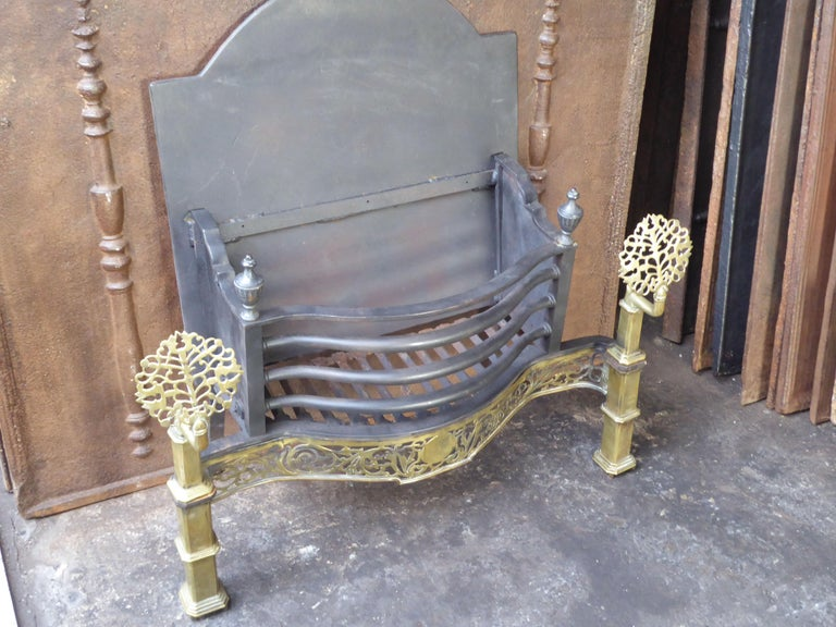 Exquisite English Art Nouveau Fireplace Grate, Fire Grate For Sale 9