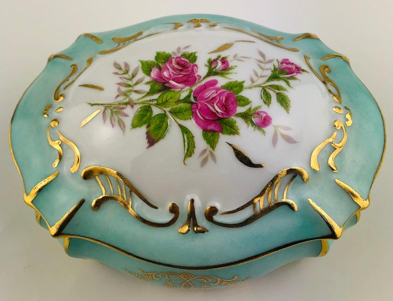 Glazed Exquisite French Limoges Hand Painted Gold Trim Trinket or Jewelry Box For Sale
