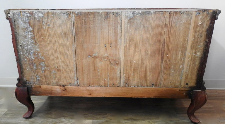 Exquisite Late 18th Century Scandinavian Painted Wardrobe For Sale 4