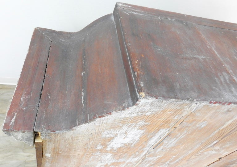 Exquisite Late 18th Century Scandinavian Painted Wardrobe For Sale 9