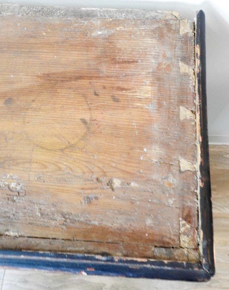 Baroque Exquisite Late 18th Century Scandinavian Painted Wardrobe For Sale