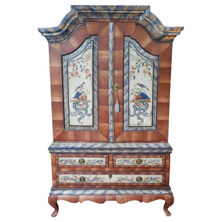 Exquisite Late 18th Century Scandinavian Painted Wardrobe For Sale