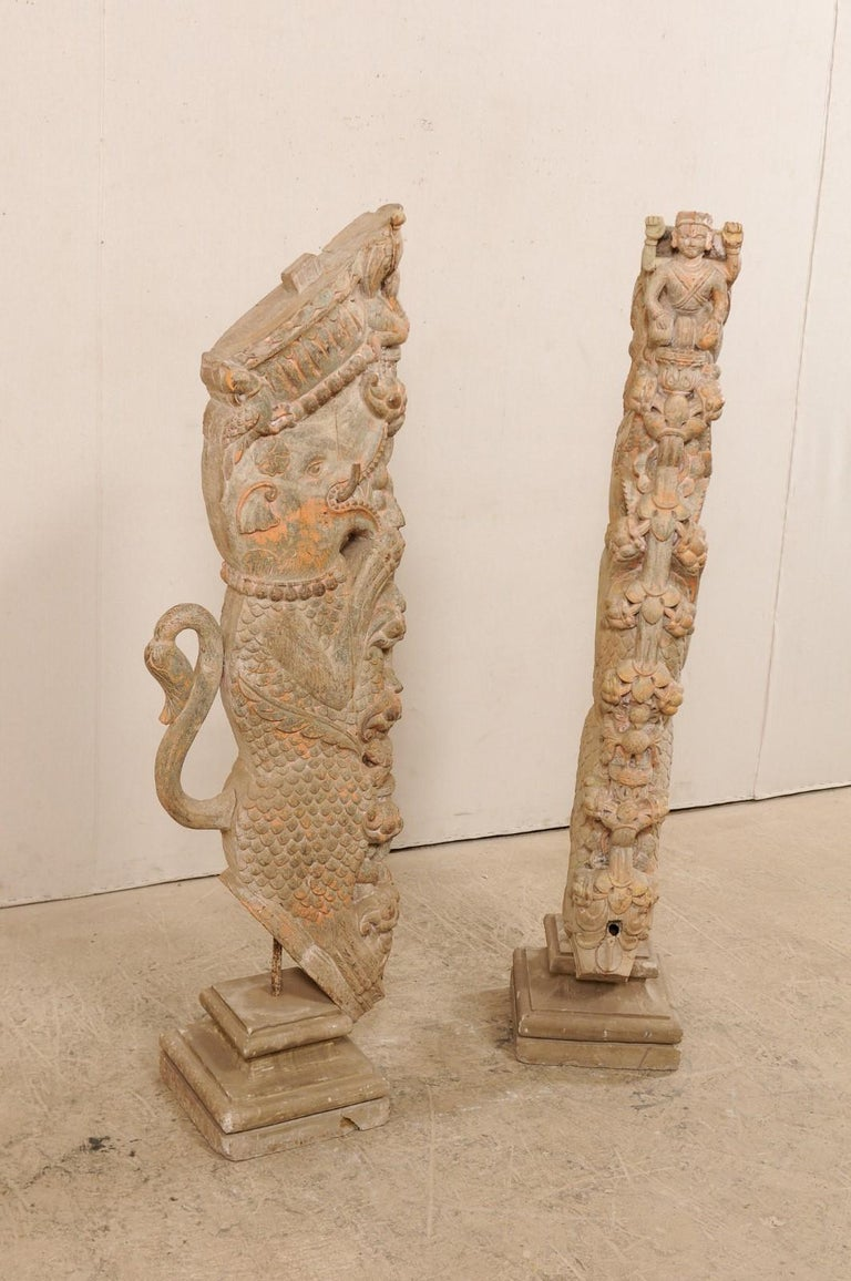 Exquisite Pair of 19th Century Hand Carved Hindu Temple Struts, South India In Good Condition For Sale In Atlanta, GA