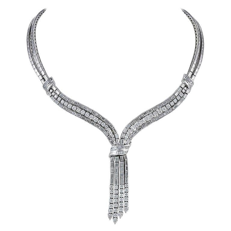 Exquisite Platinum 17.94 Carat All Diamond Necklace
