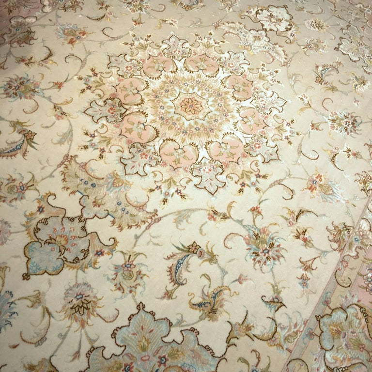 Exquisite Tabriz Persian Rug Kurkwool and Silk For Sale 3