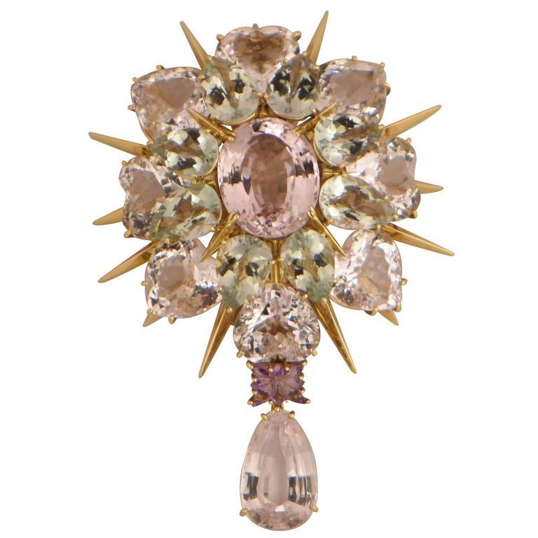 Awesome Tony Duquette Kunzite Amethyst Heirloom Quality Gold Brooch Pin In New Condition For Sale In Montreal, QC