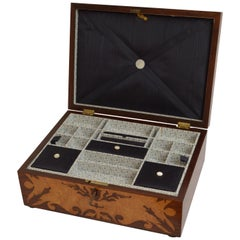 Exquisite Victorian Bird's-Eye Maple Jewelry Box