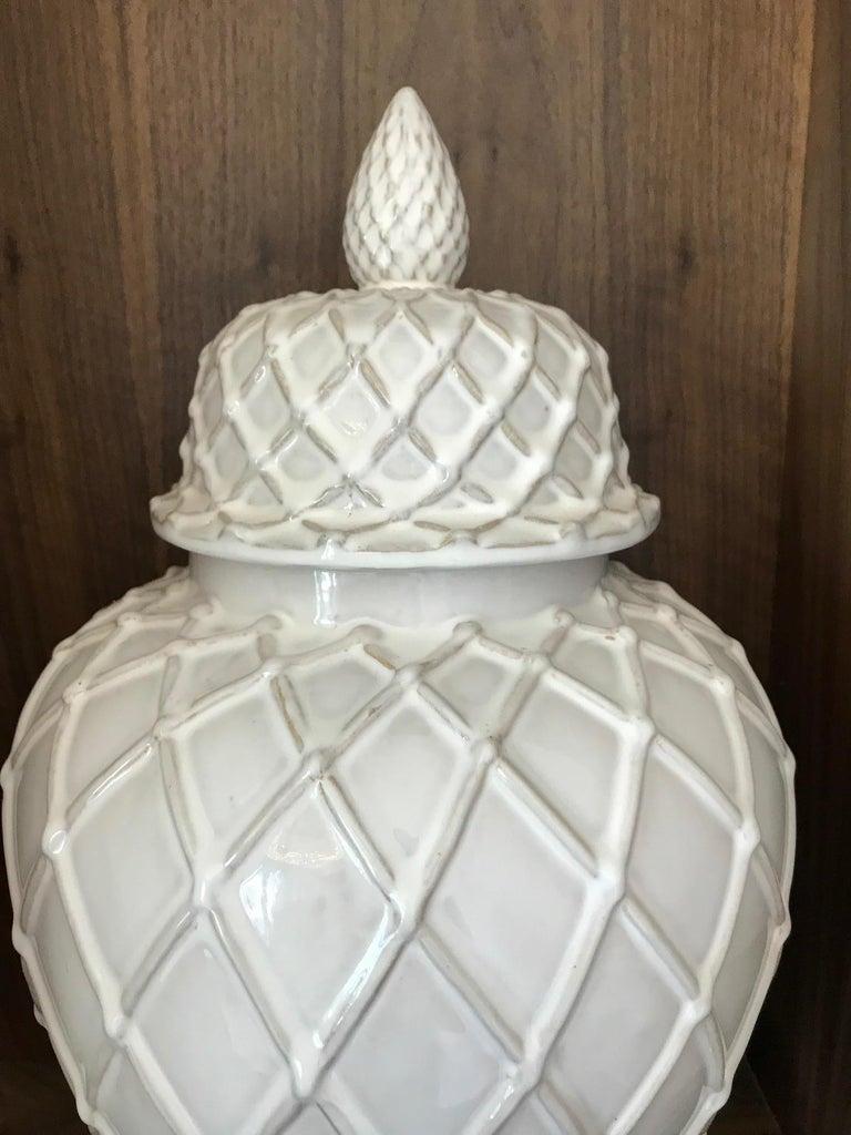 Contemporary Exquisite White Ceramic Lidded Urn Vase with Lattice Design, Italy For Sale