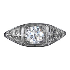 Exquisite White Gold Handmade Round Diamond Solitaire Ring