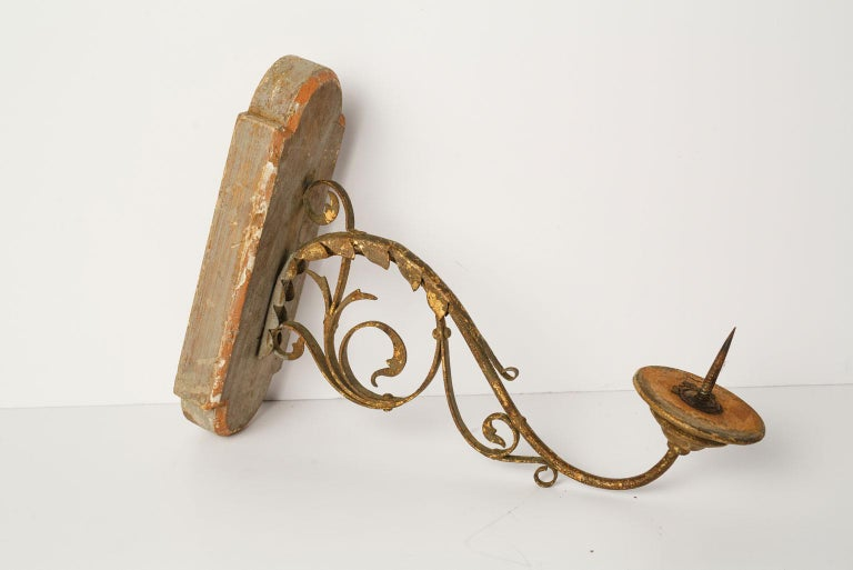 Italian Exquisite Wood and Iron Sconce For Sale