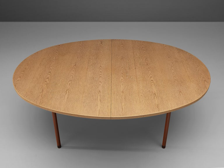 Extendable Danish Dining Table in Oak with Red Metal Legs For Sale 7