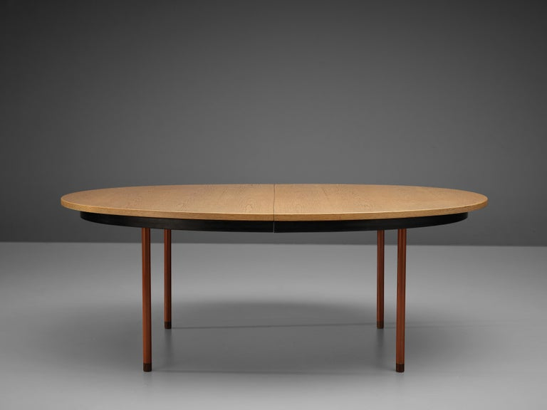 Extendable Danish Dining Table in Oak with Red Metal Legs For Sale 8