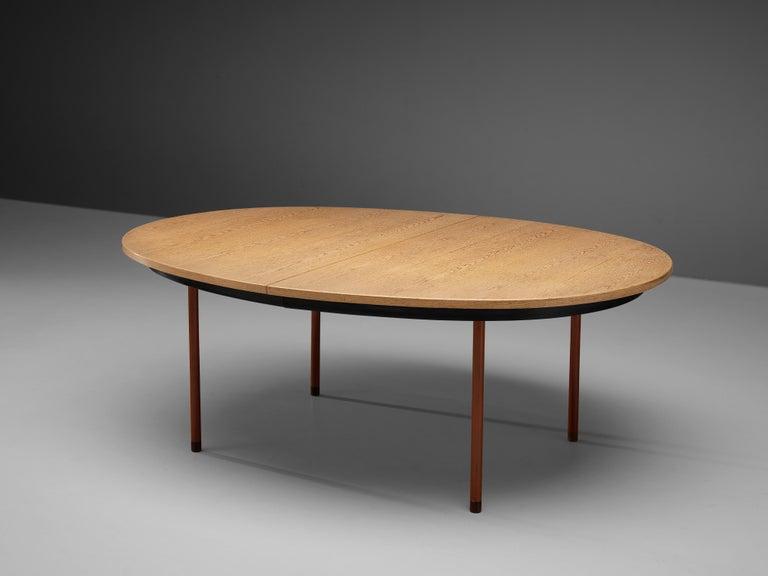 Extendable Danish Dining Table in Oak with Red Metal Legs For Sale 4