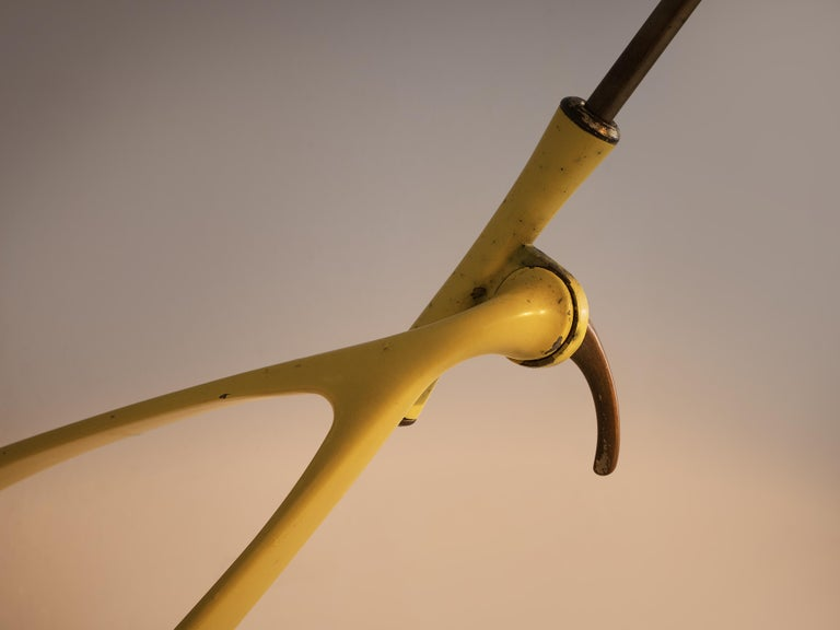 Mid-Century Modern Extendable Italian Wall Lamp in Yellow Metal and Brass