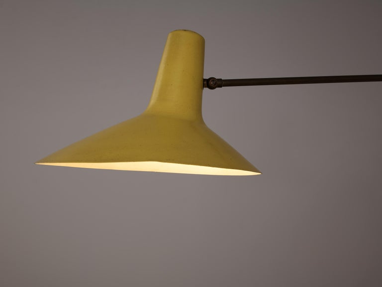 Extendable Italian Wall Lamp in Yellow Metal and Brass 2