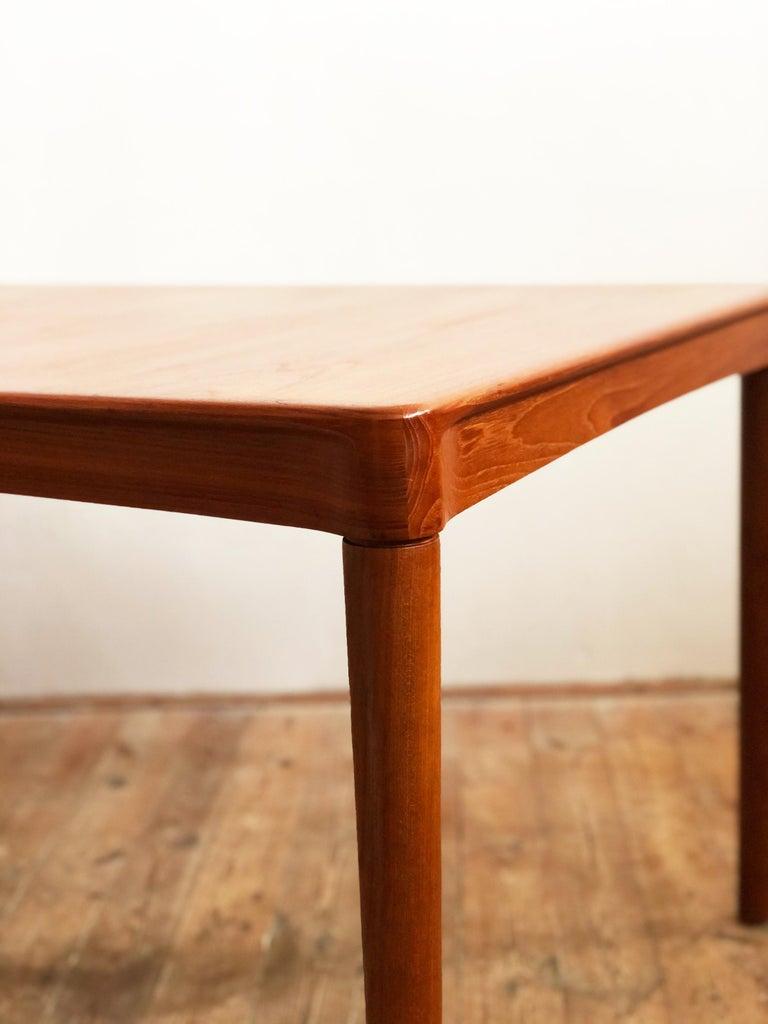 Extendable Midcentury Teak Dining Table by H.W. Klein for Bramin, Denmark For Sale 6