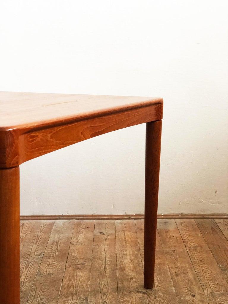 Extendable Midcentury Teak Dining Table by H.W. Klein for Bramin, Denmark For Sale 7