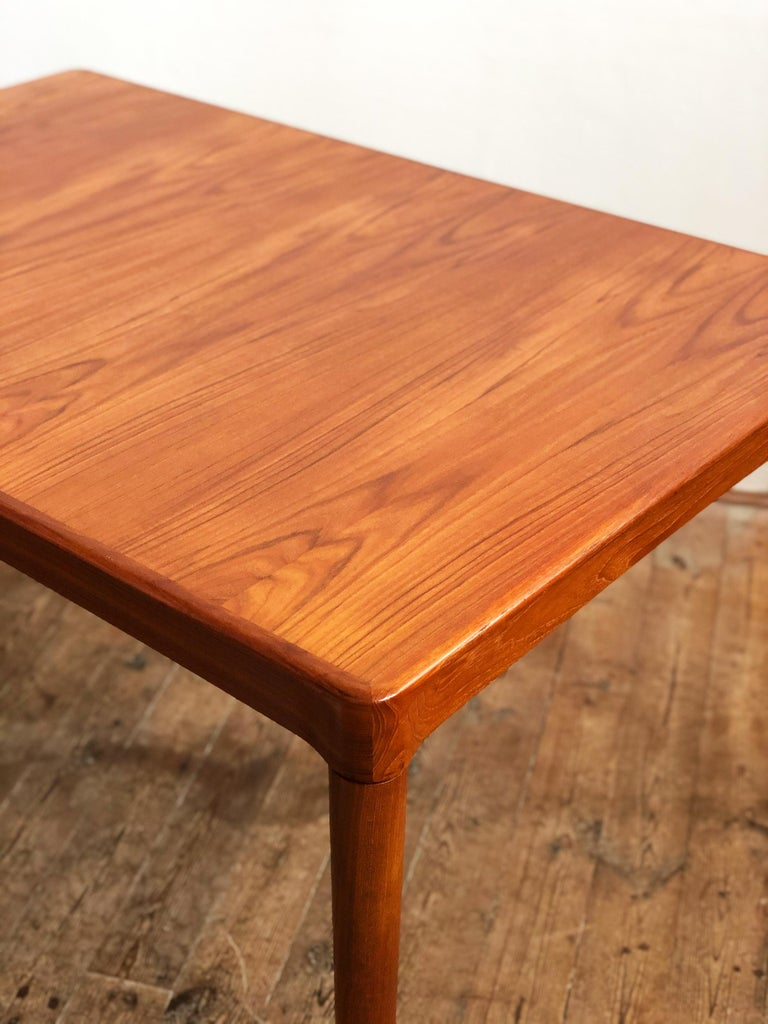 Extendable Midcentury Teak Dining Table by H.W. Klein for Bramin, Denmark For Sale 11