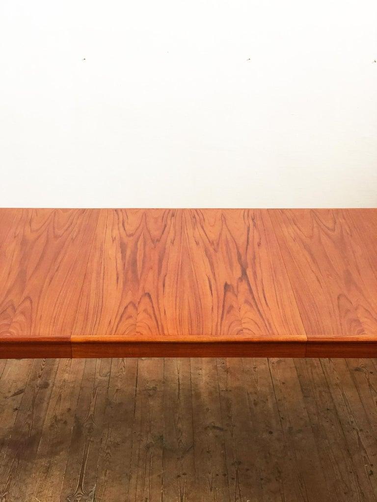 Extendable Midcentury Teak Dining Table by H.W. Klein for Bramin, Denmark For Sale 1