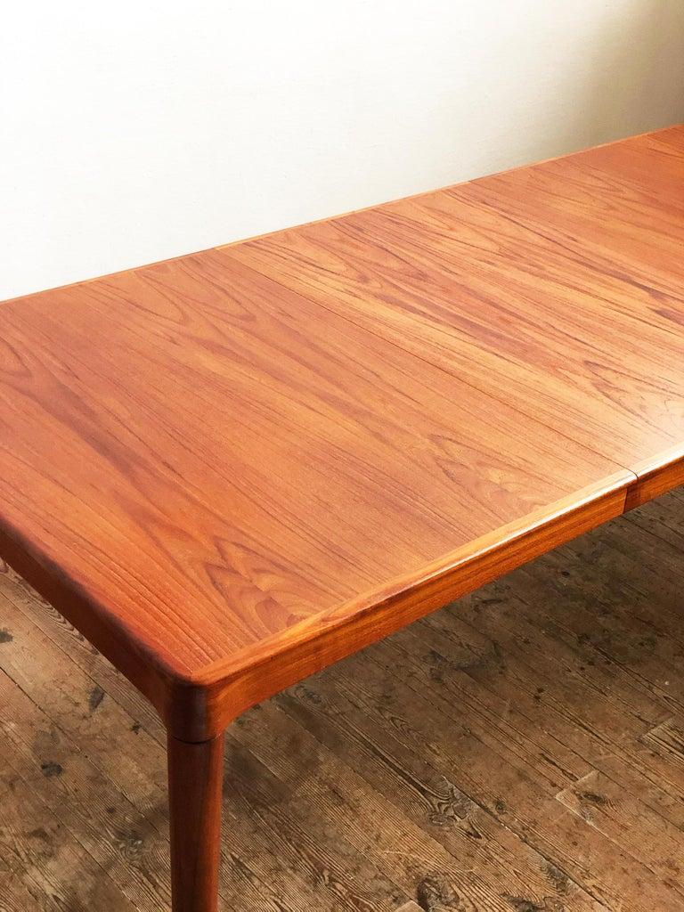 Extendable Midcentury Teak Dining Table by H.W. Klein for Bramin, Denmark For Sale 3