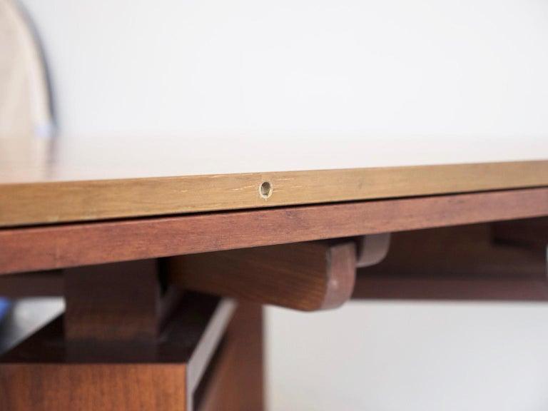 Extendable Walnut Table by Silvio Coppola for Bernini, Model 612 For Sale 8