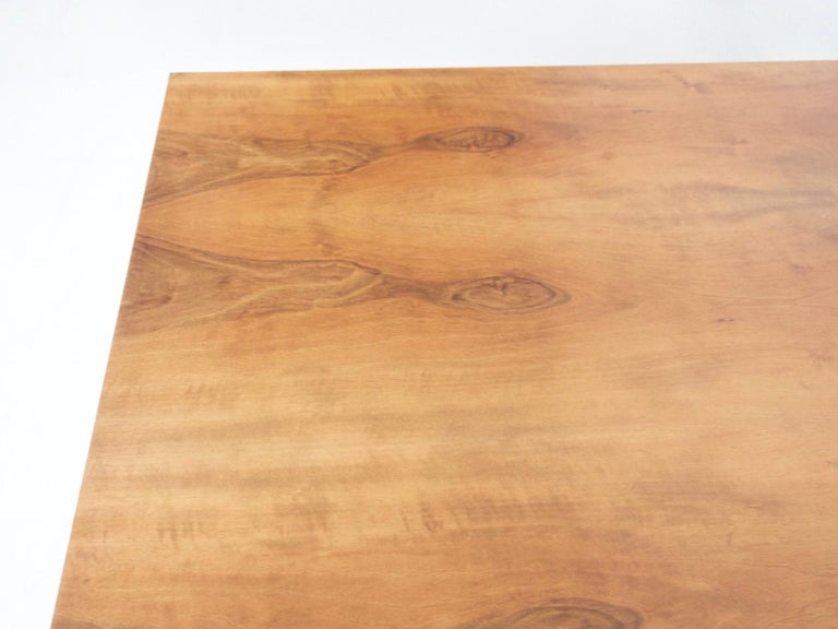 Extendable Walnut Table by Silvio Coppola for Bernini, Model 612 For Sale 1