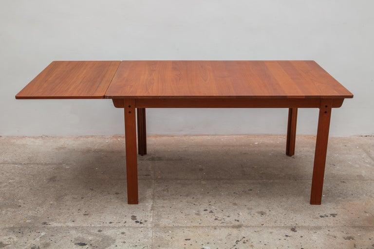 Danish Extending Teak Dining Table Made in Denmark, 1960s For Sale
