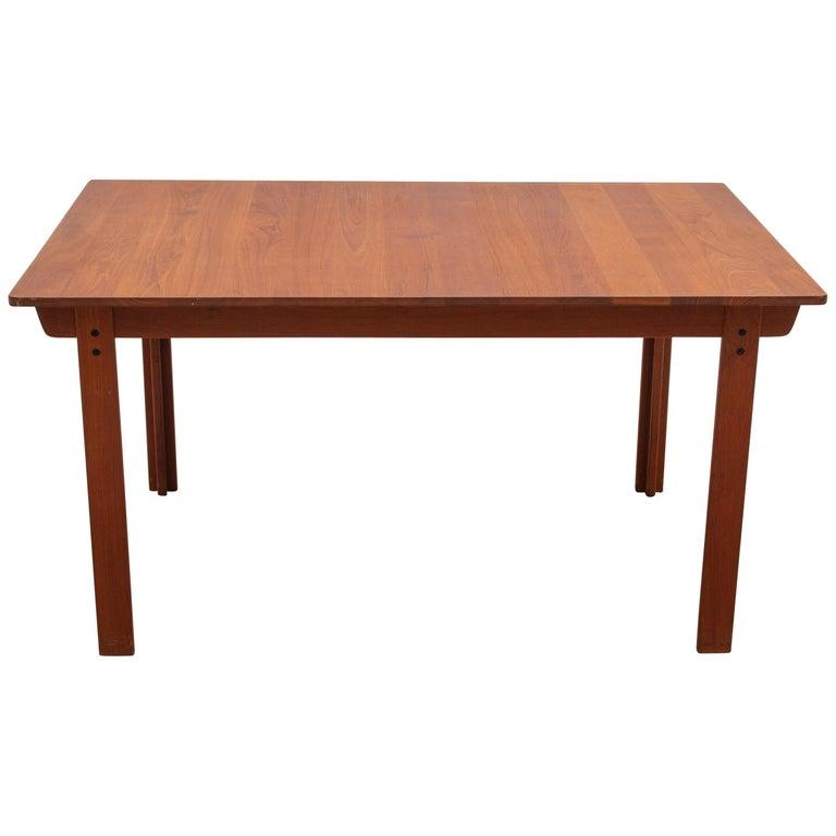 Extending Teak Dining Table Made in Denmark, 1960s For Sale