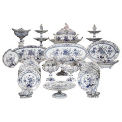 Extensive Assembled Meissen Blue and White Bird Model Dinner Service, circa 1890