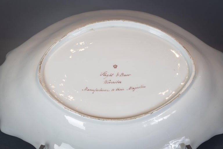 Extensive English Porcelain Dessert Service, Flight and Barr, circa 1792 For Sale 8