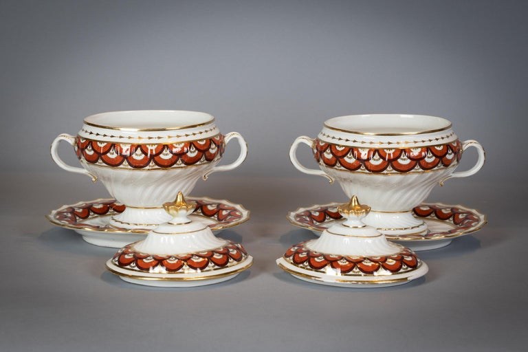 Extensive English Porcelain Dessert Service, Flight and Barr, circa 1792 For Sale 3