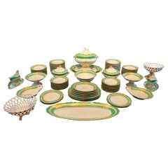 Extensive Paris Porcelain Dinner Service