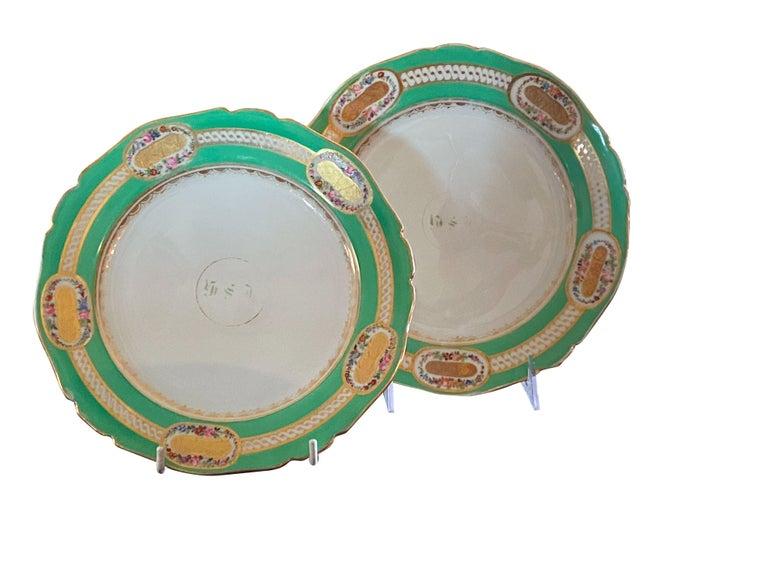Extensive Paris Porcelain Dinner Service For Sale 8