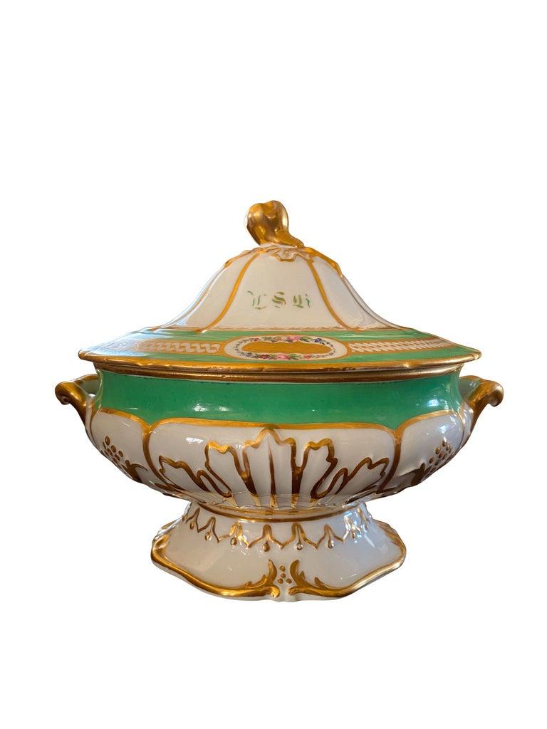 Victorian Extensive Paris Porcelain Dinner Service For Sale