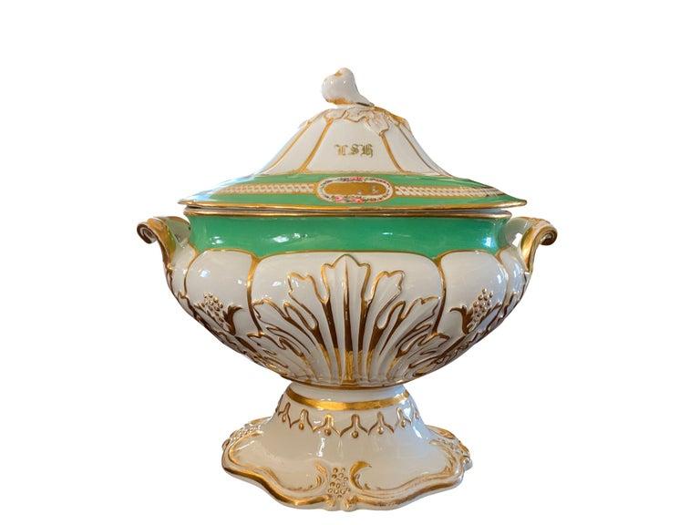French Extensive Paris Porcelain Dinner Service For Sale