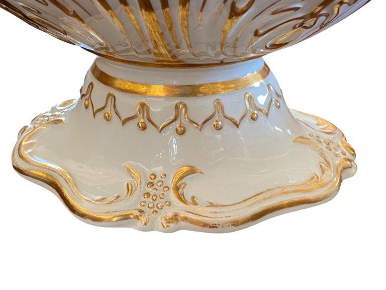 Extensive Paris Porcelain Dinner Service For Sale 2