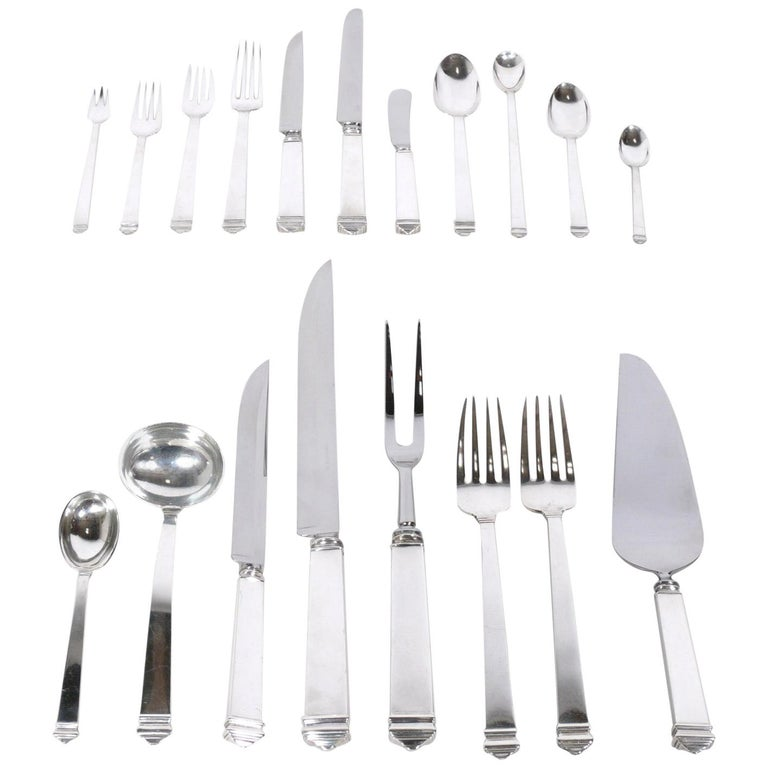Extensive Set of Tiffany Hampton Sterling Silver Flatware 140 Pieces For Sale