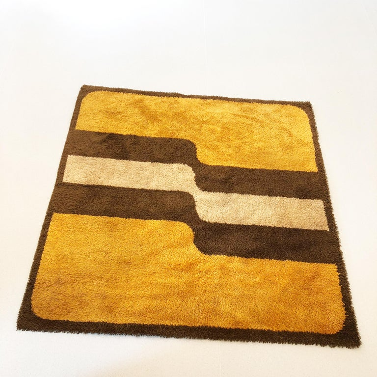 Article:  Original huge high pile rug   Decade:  1970s   Origin:  Germany   Producer:  Besmer    This rug is a great example of 1970s pop art interior. Made in high quality german high pile weaving technique. This high quality