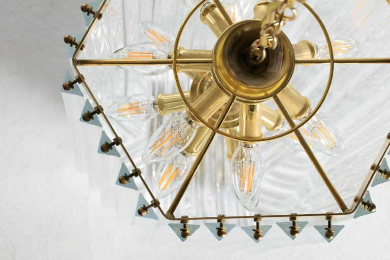 Extra Large Sculptural Lucite and Brass Chandelier, circa 1970s For Sale 5