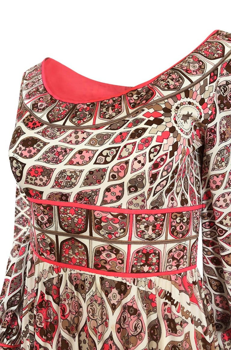 Extraordinary 1960s Emilio Pucci Silk Jersey Intricate Swirl Print Dress For Sale 4