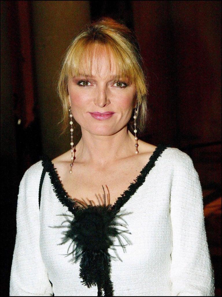 Extraordinary Chanel Signature Monochrome Sequin Fantasy Tweed Jacket For Sale 5