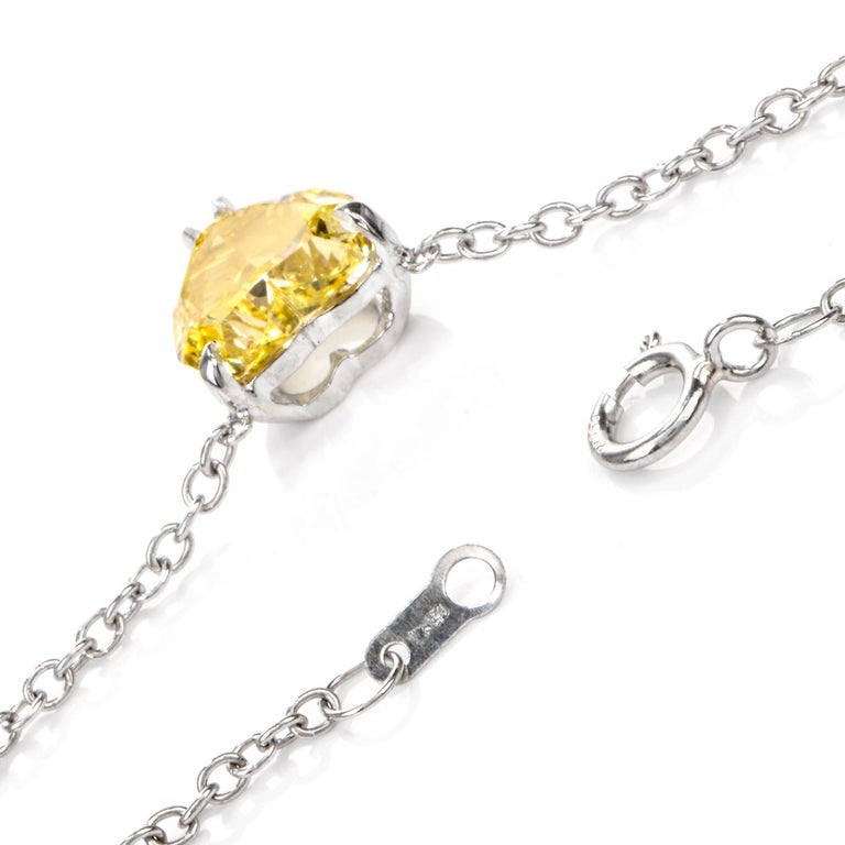 Extraordinary GIA Natural Fancy Intense Yellow Diamond Heart Necklace In New Condition For Sale In Miami, FL