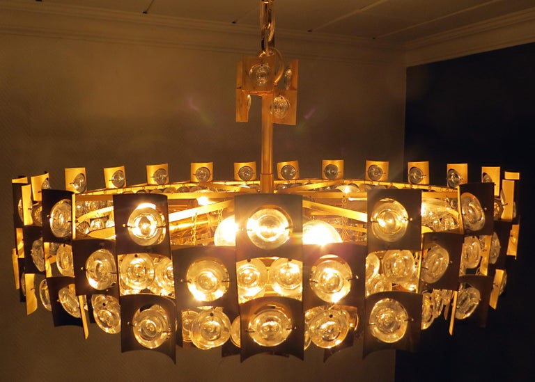 Large & Extraordinary Midcentury Brutalist Gilt Brass & Crystal Chandelier 1960s For Sale 5