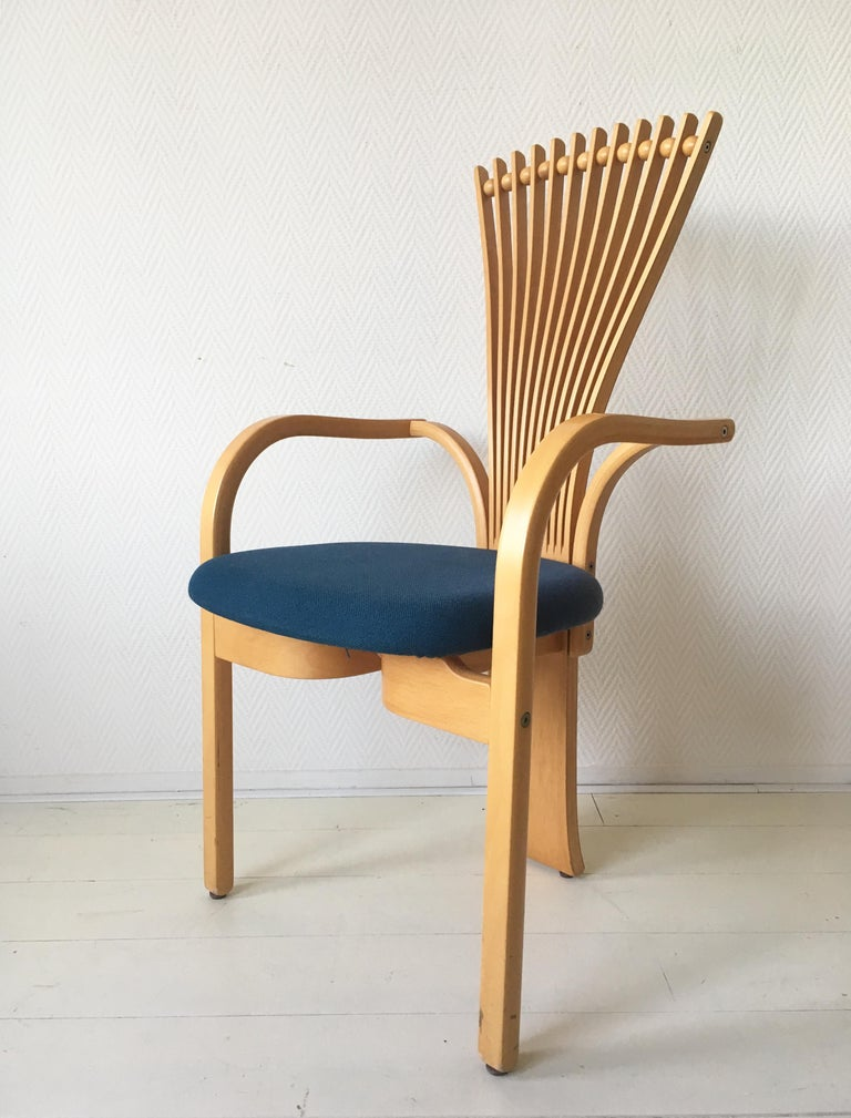 Extraordinary Memphis Style TOTEM Chairs by Torstein Nilsen for Westnofa, 1980s For Sale 1
