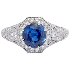 Extraordinary Sapphire and Diamond Platinum Ring