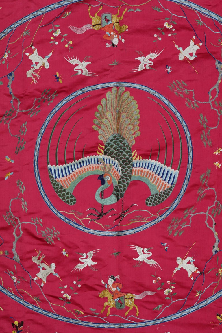 Extremely Fine Chinese Silk Embroidered Bed-Cover for the Dutch Market In Good Condition For Sale In Amsterdam, NL